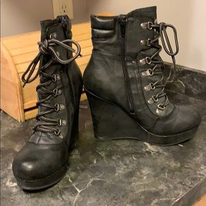 Guess Grey Side ZIP Lace up Booties